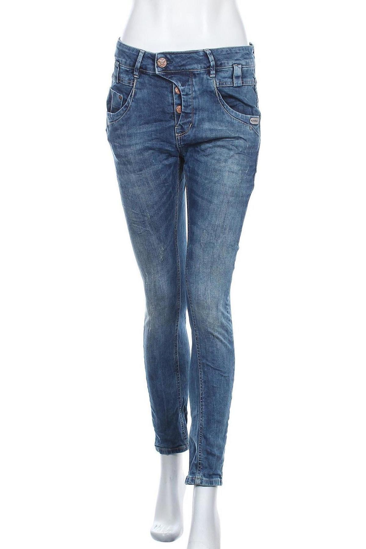 Дамски дънки Gang, Размер L, Цвят Син, 99% памук, 1% еластан, Цена 30,36лв.