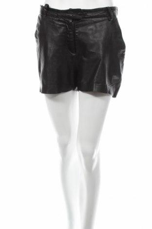 Дамски къс кожен панталон Samsoe & Samsoe