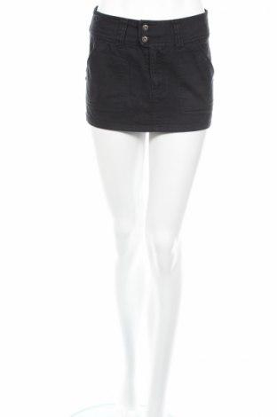Пола Cross Jeans, Размер S, Цвят Син, 100% памук, Цена 7,01лв.