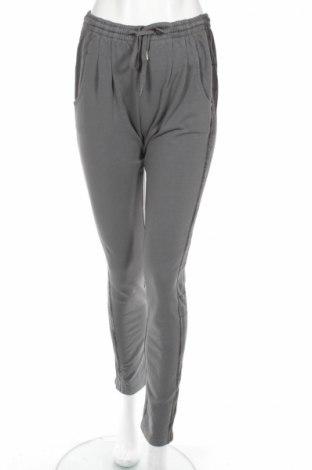 Pantaloni trening de femei Liebeskind
