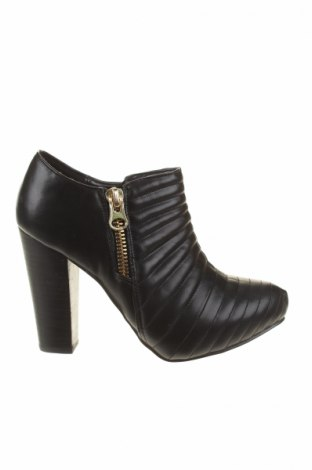 Dámské topánky  Nina Peretti