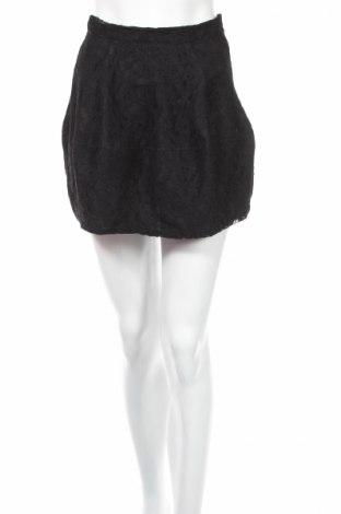 Пола Gina Tricot, Размер XS, Цвят Черен, 100% полиамид, Цена 4,60лв.