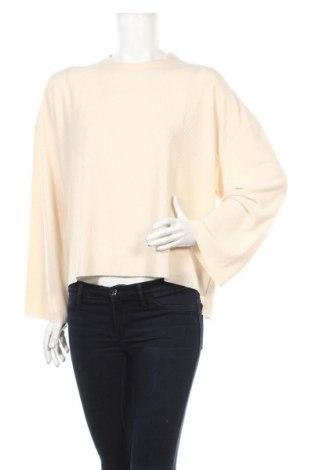 Дамска блуза Topshop, Размер M, Цвят Бежов, 60% полиестер, 31% вискоза, 9% еластан, Цена 30,87лв.