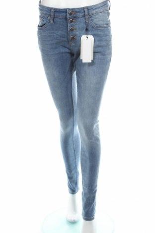 Blugi de femei Q/S by S.Oliver, Mărime M, Culoare Albastru, 99% bumbac, 1% elastan, Preț 120,58 Lei