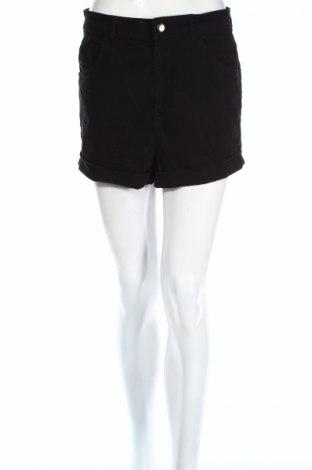 Дамски къс панталон H&M, Размер L, Цвят Черен, 88% памук, 9% полиестер, 3% еластан, Цена 17,33лв.