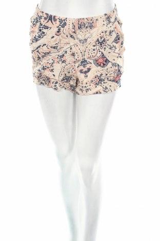 Дамски къс панталон Only, Размер M, Цвят Многоцветен, Вискоза, Цена 14,18лв.