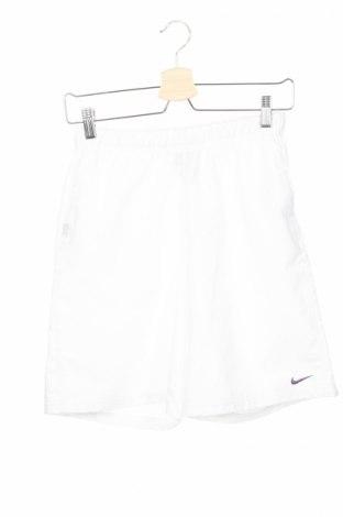 Детски къс панталон Nike, Размер 10-11y/ 146-152 см, Цвят Бял, 100% полиестер, Цена 10,01лв.