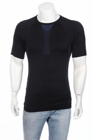 Ανδρικό t-shirt, Μέγεθος L, Χρώμα Μαύρο, 59% πολυαμίδη, 31% πολυεστέρας, 10% ελαστάνη, Τιμή 3,25€