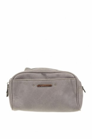 Чанта за кръст Basque, Цвят Сив, Еко кожа, Цена 18,48лв.