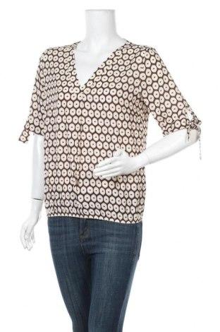 Дамска блуза, Размер S, Цвят Бежов, 95% полиестер, 5% еластан, Цена 3,00лв.