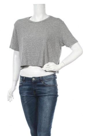 Дамска блуза Brandy Melville, Размер M, Цвят Сив, 60% памук, 30% полиестер, 10% вискоза, Цена 6,72лв.