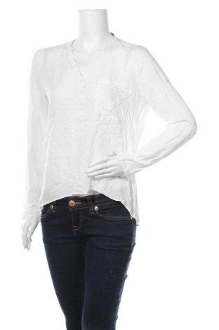 Дамска блуза Clockhouse, Размер XL, Цвят Бял, Цена 3,00лв.