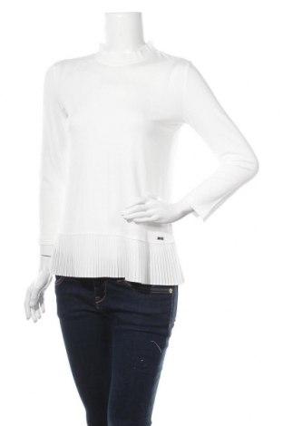 Γυναικεία μπλούζα Jake*s, Μέγεθος M, Χρώμα Λευκό, 92% βισκόζη, 8% ελαστάνη, Τιμή 15,42€