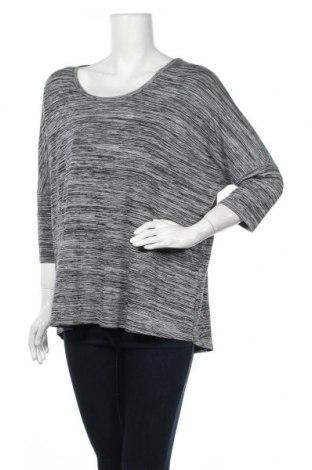 Γυναικεία μπλούζα Sussan, Μέγεθος L, Χρώμα Γκρί, 53% βισκόζη, 43% πολυεστέρας, 4% ελαστάνη, Τιμή 11,04€