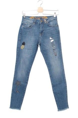 Dámské džíny  Desigual, Velikost S, Barva Modrá, 99% bavlna, 1% elastan, Cena  1576,00Kč