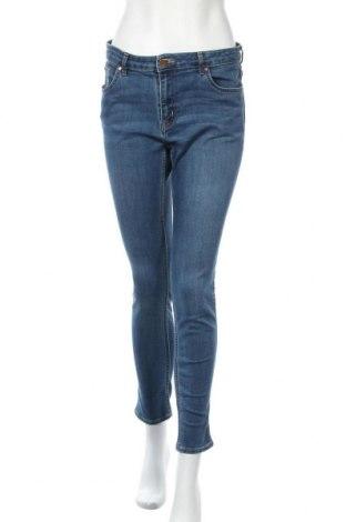 Дамски дънки H&M, Размер L, Цвят Син, 66% памук, 30% полиестер, 3% вискоза, 1% еластан, Цена 22,05лв.