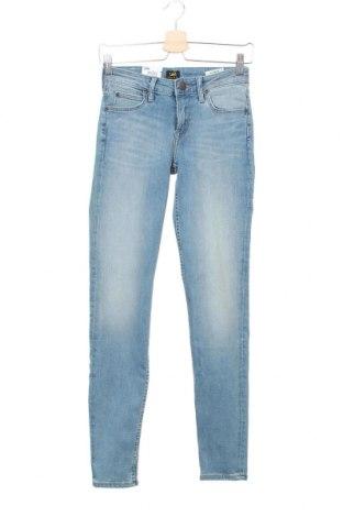 Дамски дънки Lee, Размер S, Цвят Син, 85% памук, 13% полиестер, 2% еластан, Цена 51,00лв.