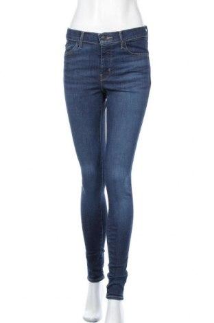 Дамски дънки Levi's, Размер M, Цвят Син, 74% памук, 15% лиосел, 6% полиестер, 5% еластан, Цена 119,25лв.