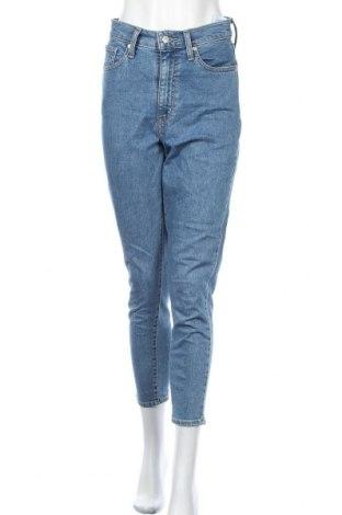 Дамски дънки Levi's, Размер S, Цвят Син, 98% памук, 2% еластан, Цена 68,37лв.