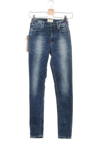 Дамски дънки Met, Размер XS, Цвят Син, 90% памук, 9% полиестер, 1% еластан, Цена 40,92лв.