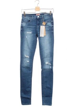 Дамски дънки ONLY, Размер S, Цвят Син, 90% памук, 10% еластан, Цена 51,75лв.