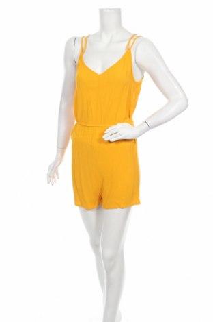 Дамски гащеризон H&M Divided, Размер S, Цвят Жълт, Вискоза, Цена 16,38лв.