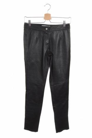 Дамски кожен панталон Isaco & Kawa, Размер XS, Цвят Черен, Естествена кожа, Цена 121,72лв.
