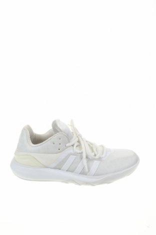 Дамски обувки Adidas, Размер 40, Цвят Бял, Текстил, Цена 51,00лв.