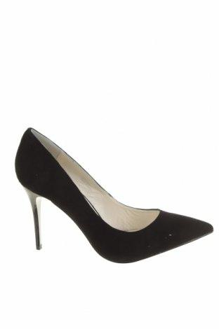 Дамски обувки Buffalo, Размер 41, Цвят Черен, Естествен велур, Цена 32,13лв.