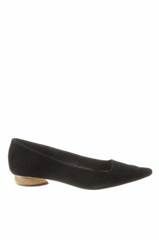 Дамски обувки Zara, Размер 41, Цвят Черен, Естествен велур, Цена 31,11лв.
