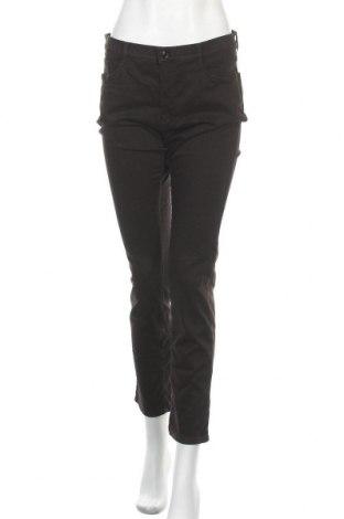 Γυναικείο παντελόνι Brax, Μέγεθος L, Χρώμα Μαύρο, 40% lyocell, 28% μοντάλ, 17% βαμβάκι, 12% ελαστάνη, Τιμή 57,60€