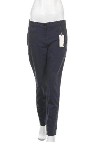 Дамски панталон Christian Berg, Размер M, Цвят Син, 53% памук, 44% полиестер, 3% еластан, Цена 19,32лв.