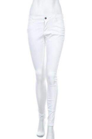 Дамски панталон Denim Co, Размер M, Цвят Бял, 64% памук, 33% полиестер, 3% еластан, Цена 7,83лв.