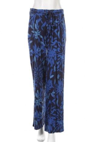 Дамски панталон Desigual, Размер S, Цвят Син, 96% вискоза, 4% еластан, Цена 94,17лв.