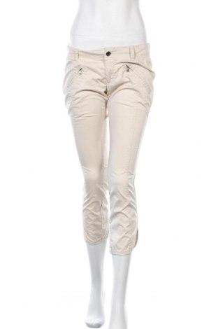 Дамски панталон Diesel, Размер M, Цвят Бежов, 96% памук, 4% еластан, Цена 46,50лв.