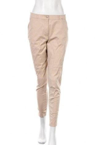 Дамски панталон Primark, Размер M, Цвят Бежов, 98% памук, 2% еластан, Цена 22,84лв.