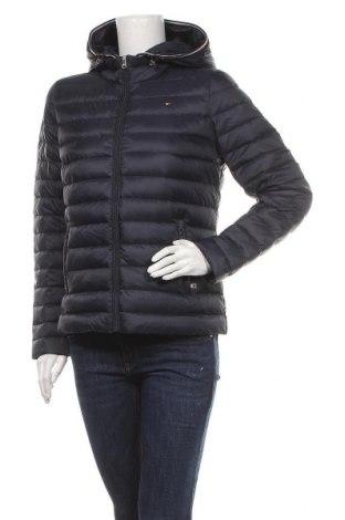Γυναικείο μπουφάν Tommy Hilfiger, Μέγεθος M, Χρώμα Μπλέ, Πολυαμίδη, φτερά και πούπουλα, Τιμή 143,81€