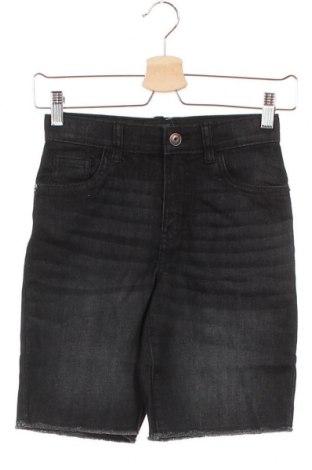 Παιδικό κοντό παντελόνι Oshkosh, Μέγεθος 7-8y/ 128-134 εκ., Χρώμα Γκρί, 98% βαμβάκι, 2% ελαστάνη, Τιμή 10,87€