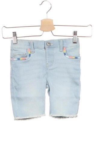 Παιδικό κοντό παντελόνι Oshkosh, Μέγεθος 4-5y/ 110-116 εκ., Χρώμα Μπλέ, 71% βαμβάκι, 28% πολυεστέρας, 1% ελαστάνη, Τιμή 10,87€