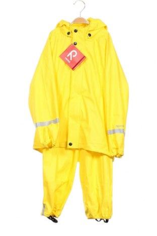 Детски комплект Reima, Размер 7-8y/ 128-134 см, Цвят Жълт, Полиуретан, Цена 64,97лв.