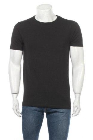 Pánské tričko  Jack & Jones, Velikost M, Barva Černá, 2% bavlna, 8% elastan, Cena  217,00Kč