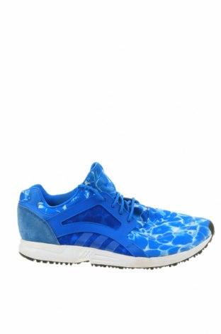 Мъжки обувки Adidas, Размер 48, Цвят Син, Текстил, полиуретан, естествен велур, Цена 54,60лв.