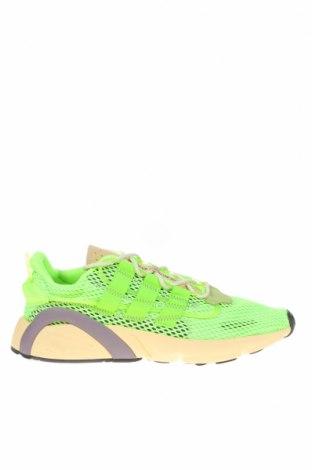Мъжки обувки Adidas Originals, Размер 45, Цвят Зелен, Текстил, Цена 134,25лв.