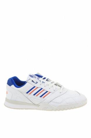 Мъжки обувки Adidas Originals, Размер 45, Цвят Бял, Естествена кожа, Цена 134,25лв.