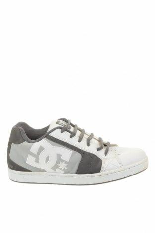 Мъжки обувки DC Shoes, Размер 43, Цвят Сив, Естествена кожа, Цена 47,25лв.