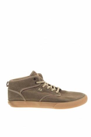 Мъжки обувки Globe, Размер 46, Цвят Бежов, Естествен велур, Цена 38,22лв.