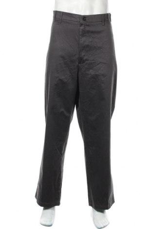 Мъжки панталон Wrangler, Размер XXL, Цвят Сив, 98% памук, 2% еластан, Цена 27,88лв.