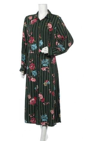Φόρεμα City Chic, Μέγεθος XXL, Χρώμα Πολύχρωμο, Βισκόζη, Τιμή 18,84€