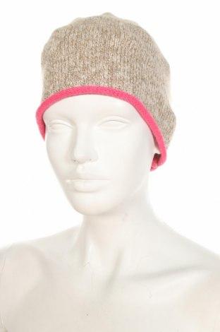 Шапка Christian Berg, Цвят Бежов, 49% памук, 45% акрил, 6% полиестер, Цена 5,98лв.