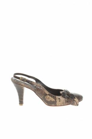 ee77905855fa Dámske topánky Fiorangelo - za výhodnú cenu na Remix -  101070571